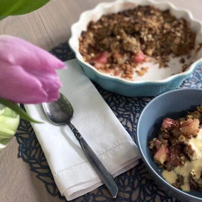 Spiced Rhubarb & Apple Crumble